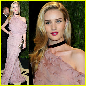 Rosie Huntington-Whiteley: Vanity Fair Oscars Party 2013