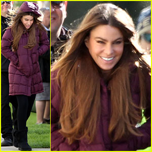 Sofia Vergara: Windy Day on 'Modern Family' Set!