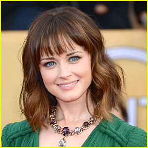Alexis Bledel: 'Friends & Family' Star!