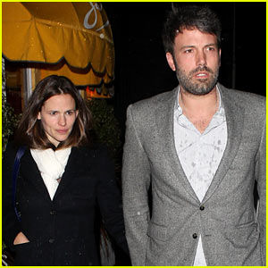 Ben Affleck & Jennifer Garner: Sam's by the Beach