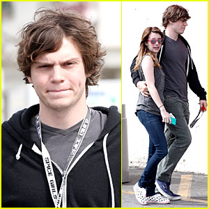 Emma Roberts & Evan Peters: CVS Pharmacy Stop!