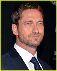Gerard Butler Recreates 'This Is Sparta!' Moment