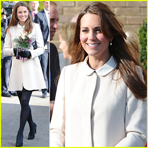 Kate Middleton: Pregnant Child Bereavement Center Visit with Prince William