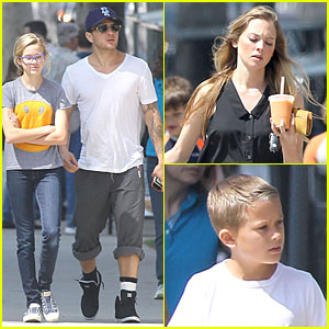 Ryan Phillippe & Paulina Slagter: Food Truck Lunch with the Kids!