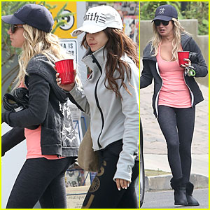 Vanessa Hudgens: Gym Workout with Ashley Tisdale!
