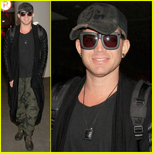 Adam Lambert: LAX Arrival After Miami Beach Gay Pride!