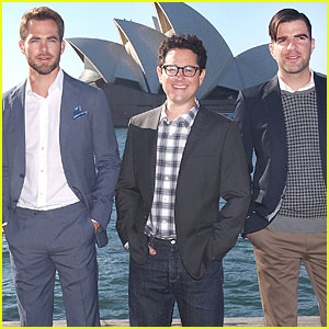 Chris Pine & Zachary Quinto: 'Star Trek Into Darkness' Sydney Portrait Session!