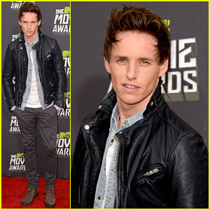 Eddie Redmayne - MTV Movie Awards 2013 Red Carpet