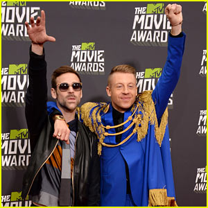 Macklemore & Ryan Lewis - MTV Movie Awards 2013 Red Carpet