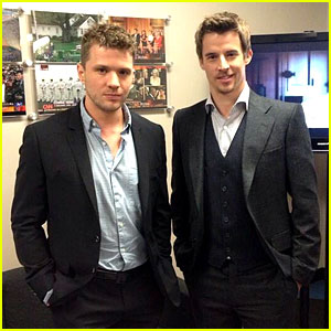 Ryan Phillippe Joins Twitter to Promote New Documentary!