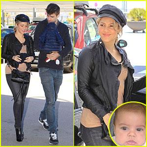 Shakira: Gerard Pique Escorted Airport Trip!