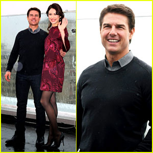 Tom Cruise & Olga Kurylenko: 'Oblivion' Moscow Photo Call!