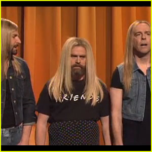 Bradley Cooper & Zach Galifianakis: SNL's Jennifer Aniston Lookalike Contest!