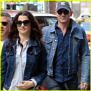 Daniel Craig & Rachel Weisz: Matching Denim Jackets!