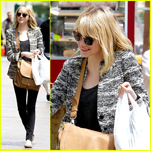 Emma Stone: Grocery Gal in the Big Apple