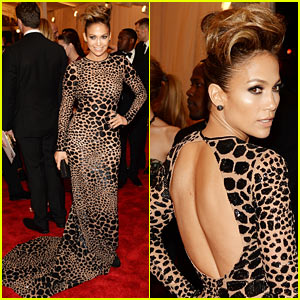 Jennifer Lopez: Met Ball 2013 Red Carpet with Casper Smart