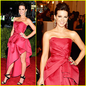 Kate Beckinsale - Met Ball 2013 Red Carpet