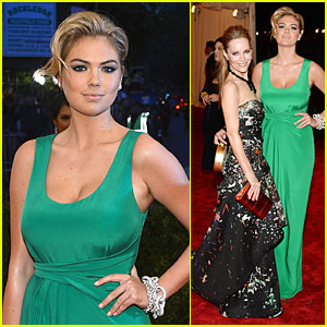 Kate Upton & Leslie Mann - Met Ball 2013 Red Carpet