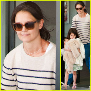Katie Holmes & Suri Cruise Return From Florida