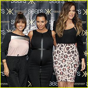 Pregnant Kim Kardashian: Sears Appearance with Sisters!