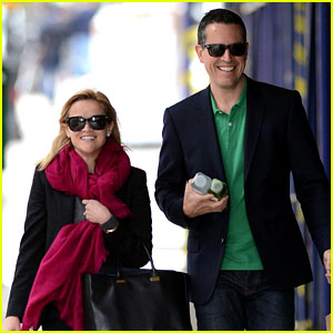 Reese Witherspoon & Jim Toth: Breakfast Smi