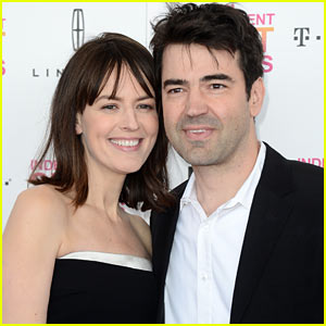 Ron Livingston & Rosemarie DeWitt Welcome Baby Girl Gracie James!