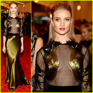 Rosie Huntington-Whiteley - Met Ball 2013 Red Carpet