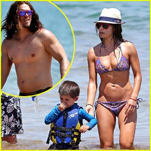 Sarah Shahi: Bikini Family Vacation with Shirtless Steve Howey!