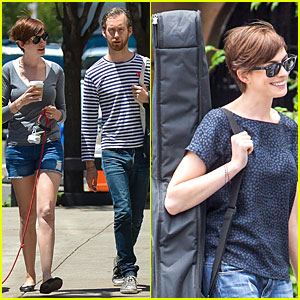 Anne Hathaway: Guitar Carrying Gal on 'Song One' Set!