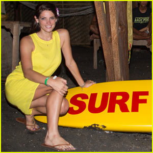 Ashley Greene: Oakley Pro Surf Night Event!