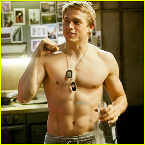 Charlie Hunnam: Shirtless in 'Paci