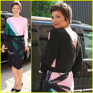 Maggie Gyllenhaal Talks Breastfeeding on 'Chelsea Lately'!