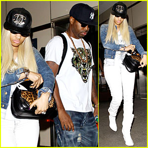 Nicki Minaj & Safaree Samuels: Denim LAX Arrival!