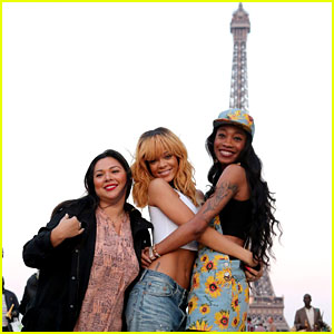 Rihanna: Eiffel Tower Photos with BFFs Melissa & Jennifer!