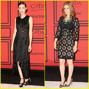 Rooney & Kate Mara - CFDA Fashion Awards 2013 Red Carpet