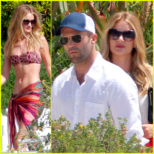 Rosie Huntington-Whiteley: Bikini Babe with Jason Statham!