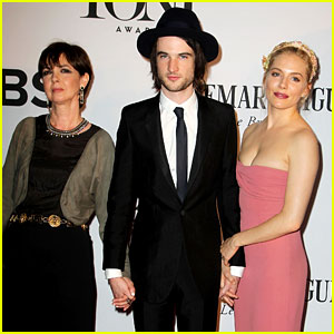 Sienna Miller & Tom Sturridge - Tony Awards 2013 Red Carpet