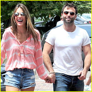 Alessandra Ambrosio & Jamie Mazur Hold Hands After July 4!