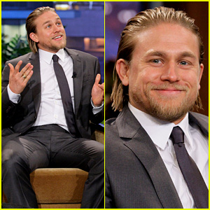 Charlie Hunnam Stored Things in His 'Pacific Rim' Suit Pee Flap!