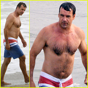 David James Elliott: Shirtless Beach Day in Malibu!