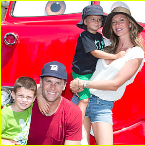 Gisele Bundchen & Tom Brady: Cars Land with John & Benjamin!