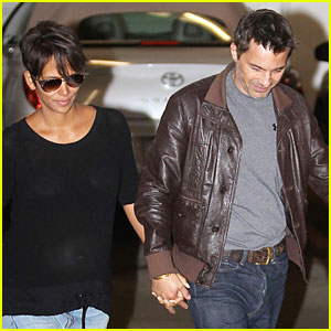 Halle Berry & Olivier Martinez Hold Hands for Baby Check-up!