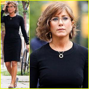 Jennifer Aniston: Bespeckled for 'Squirrels to the Nuts'!