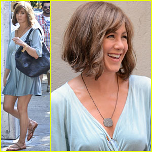 Jennifer Aniston: Short Brown Hair for 'Squirrels to the Nuts'
