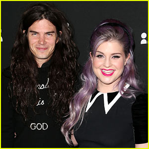Kelly Osbourne: Engaged to Matthew Mosshart!