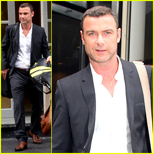 Liev Schreiber Promotes 'Ray Donovan' on 'Kelly & Michael'