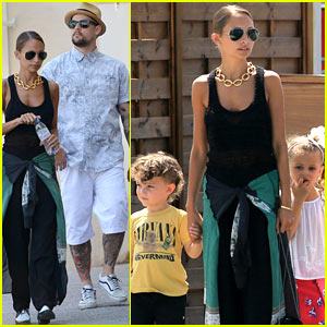 Nicole Richie Continues Saint-Tropez Family Vacation!