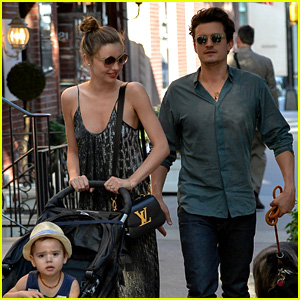 Orlando Bloom & Miranda Kerr: Big Apple Stroll with Flynn!