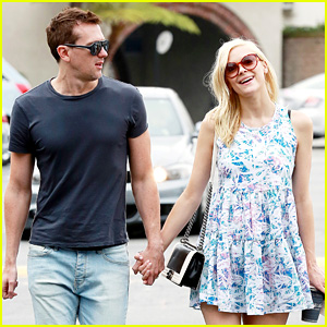 Pregnant Jaime King: A Voltre Sante Brunch with Kyle Newman!