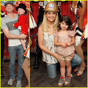 Sarah Michelle Gellar & Neil Patrick Harris: Circus with the Kids!